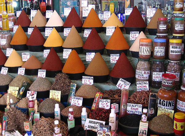 buying colorful aromatic spices in Marrakech